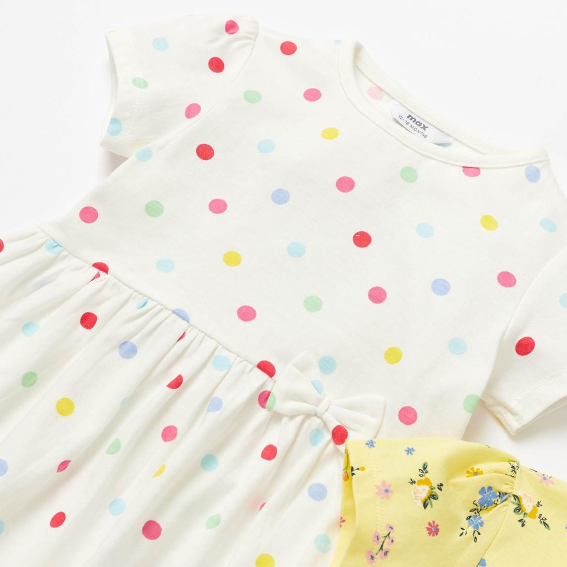 فستان بأكمام كاب وفيونكة وطبعات - طقم من قطعتين