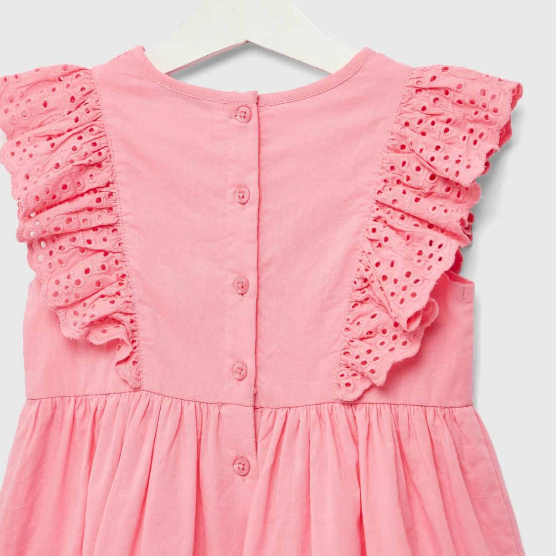 فستان شيفلي بياقة مستديرة بدون أكمام وزر إغلاق