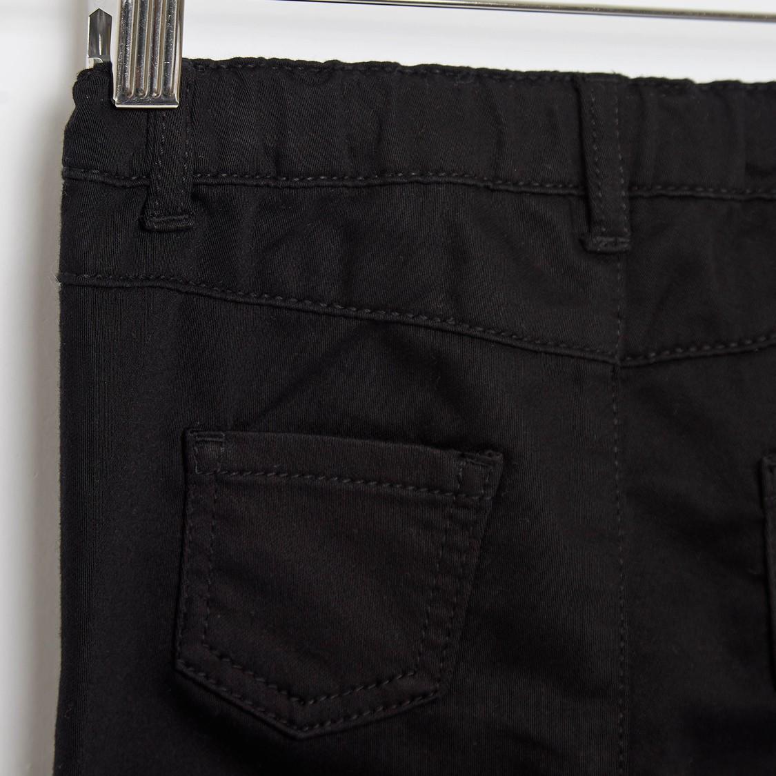 بنطلون جينز سادة كومفورت فيت بـ5 جيوب وزر إغلاق