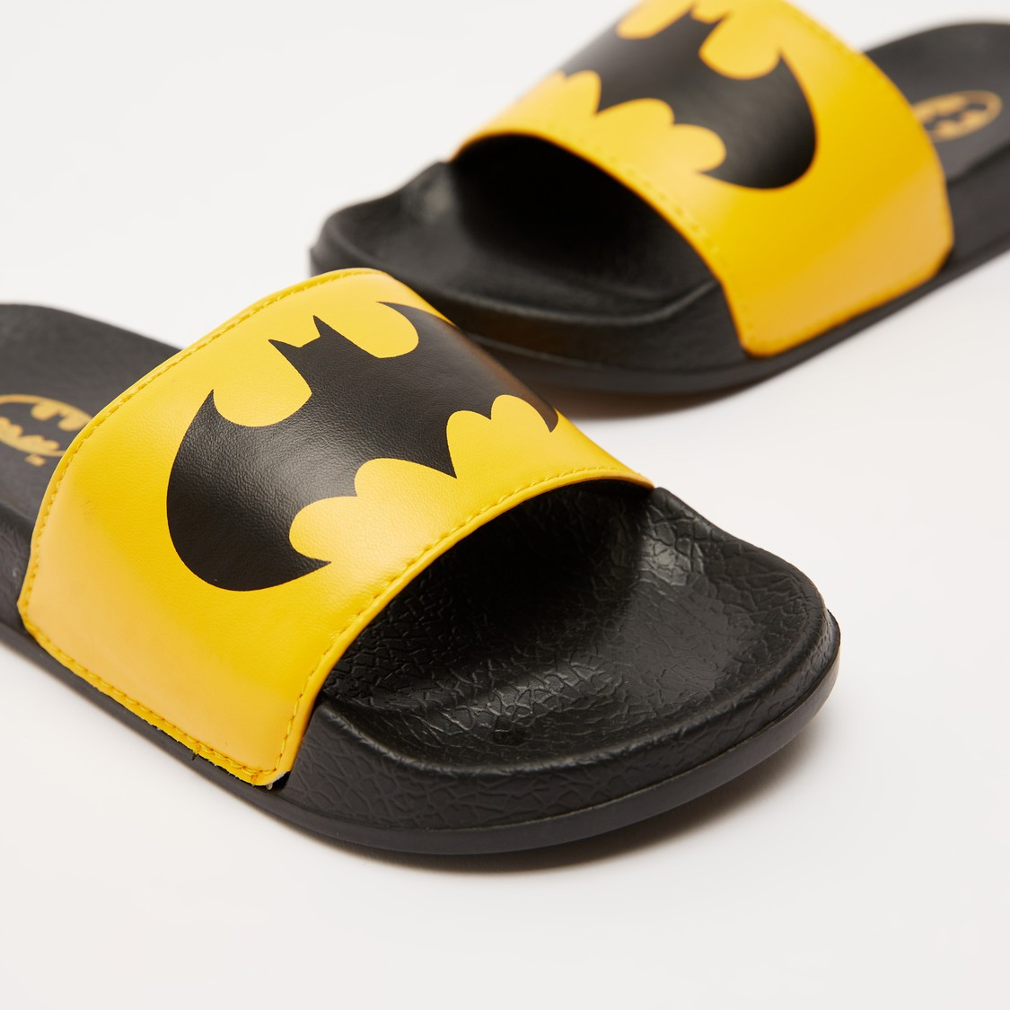 Batman Print Slides and Textured Footbed