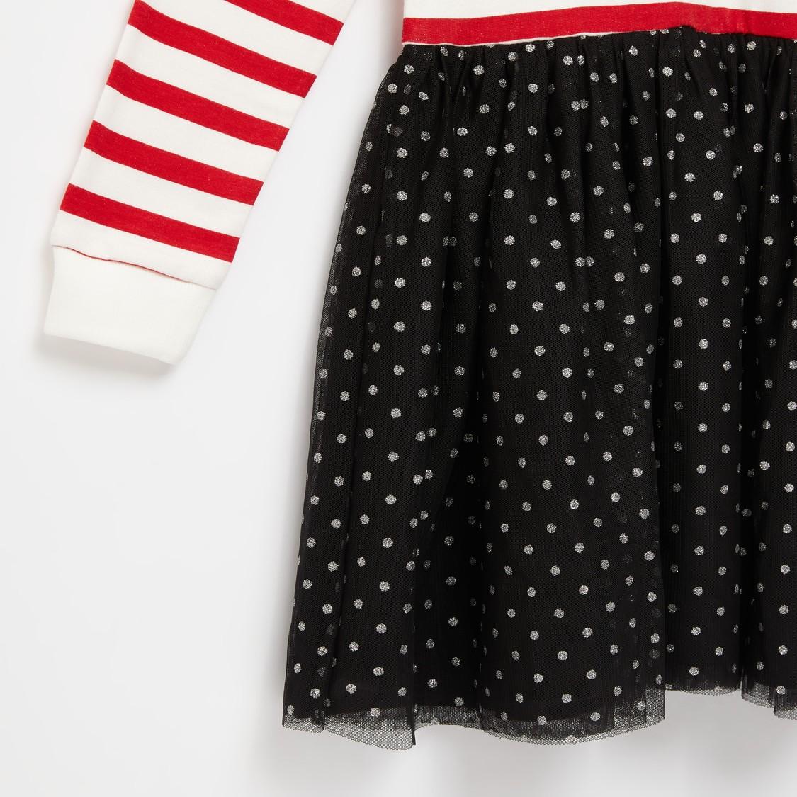 فستان بياقة مستديرة وأكمام طويلة وطبعات ميني ماوس