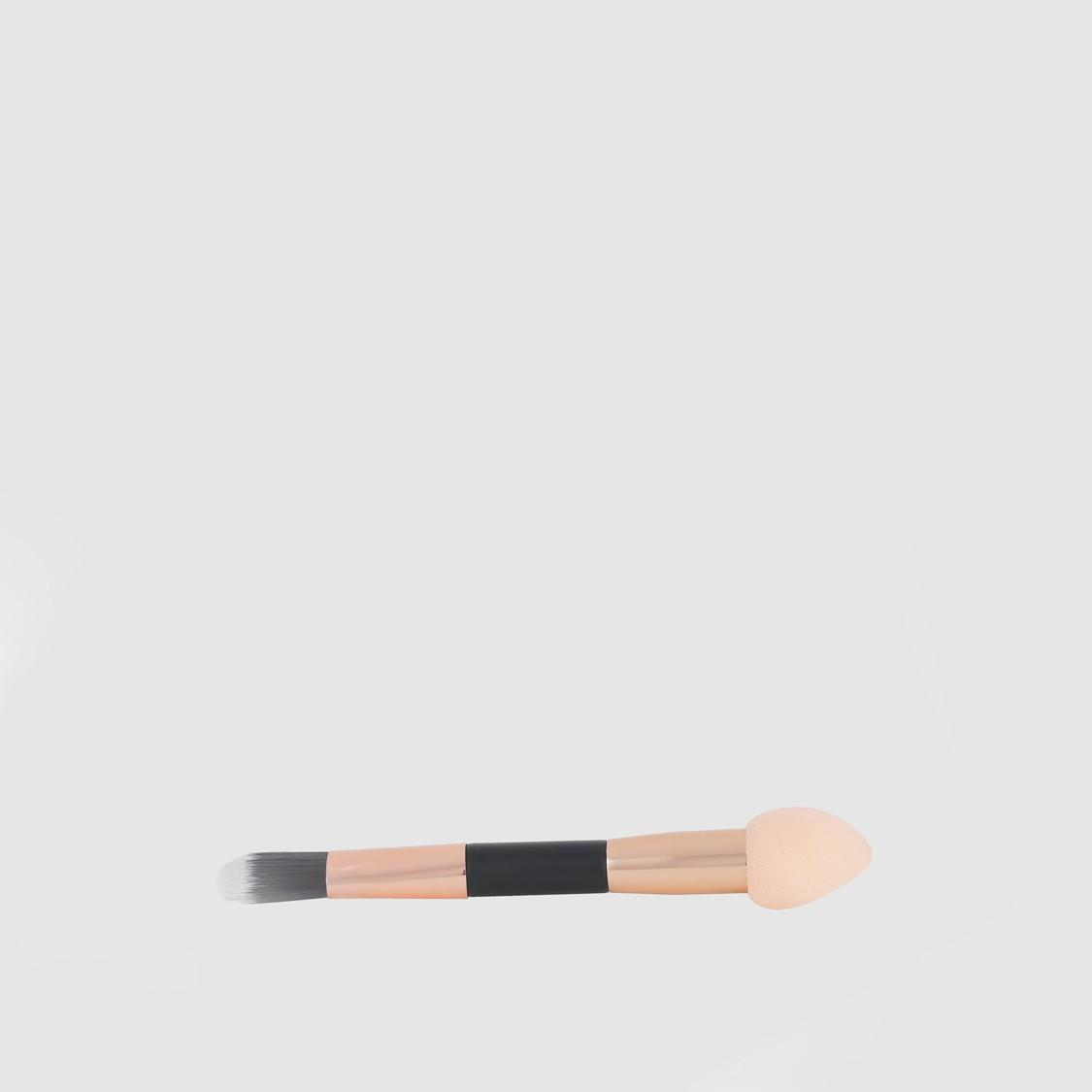 Make-Up Brush with Blending Sponge