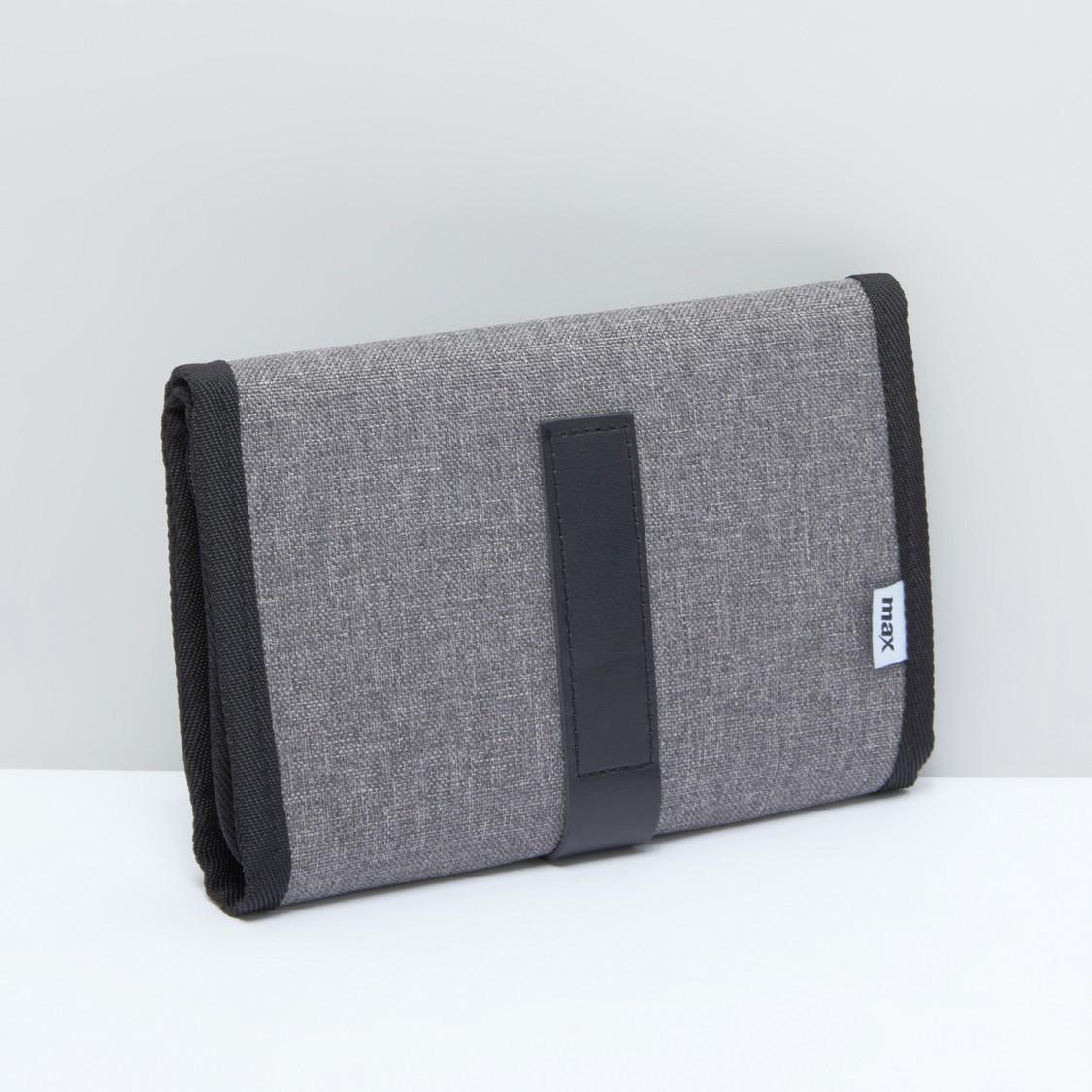 حقيبة تخزين ملحقات إلكترونية متعددة الفتحات