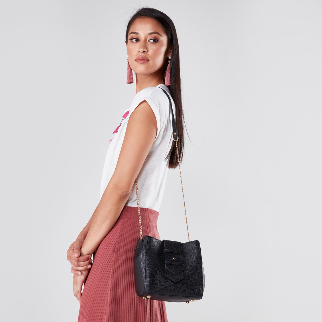 Textured Crossbody Bag with Chain Strap
