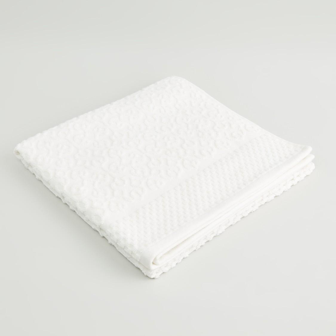 Textured Bath Towel - 70x140 cms