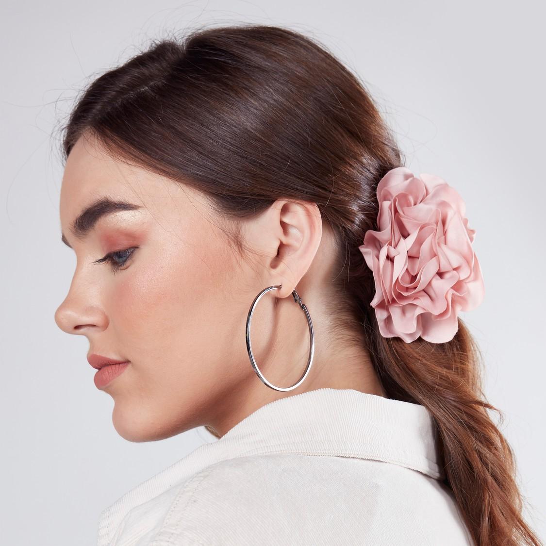 Floral Detail Hair Clamp