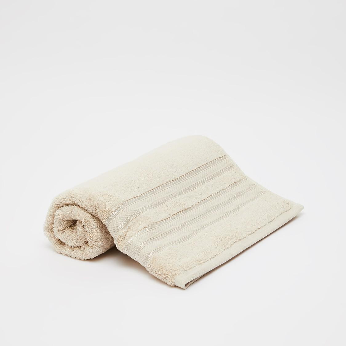 منشفة حمّام بارزة الملمس من القطن المصري - 140x70 سم