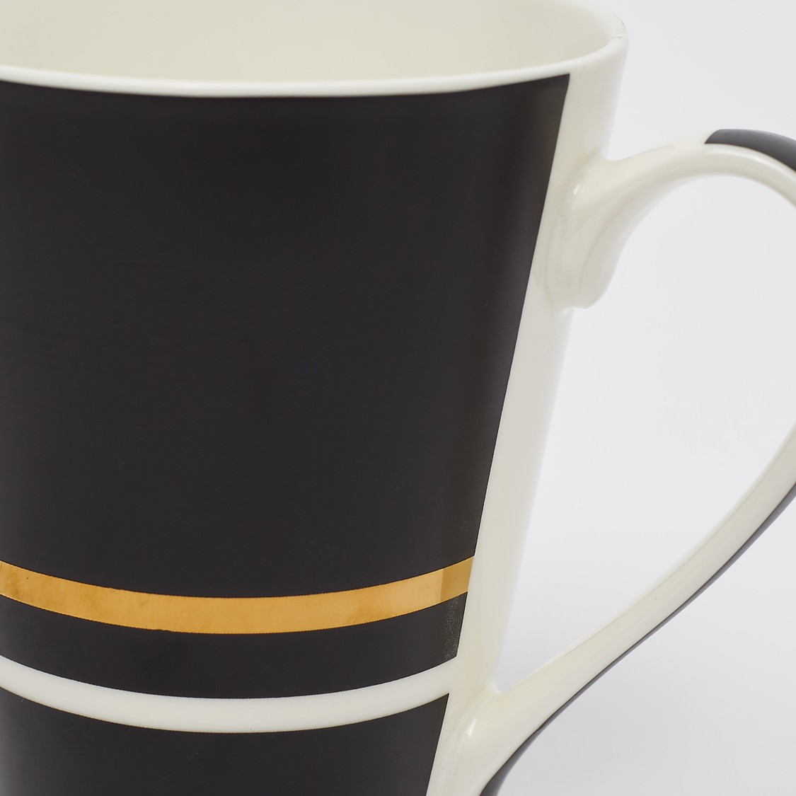 Printed Mug with Curved Handle - 11x6x9 cms