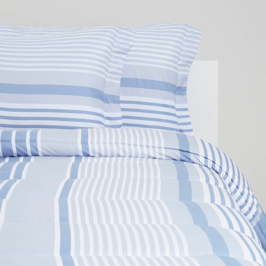 Striped 3-Piece Comforter Set - 220x230 cms