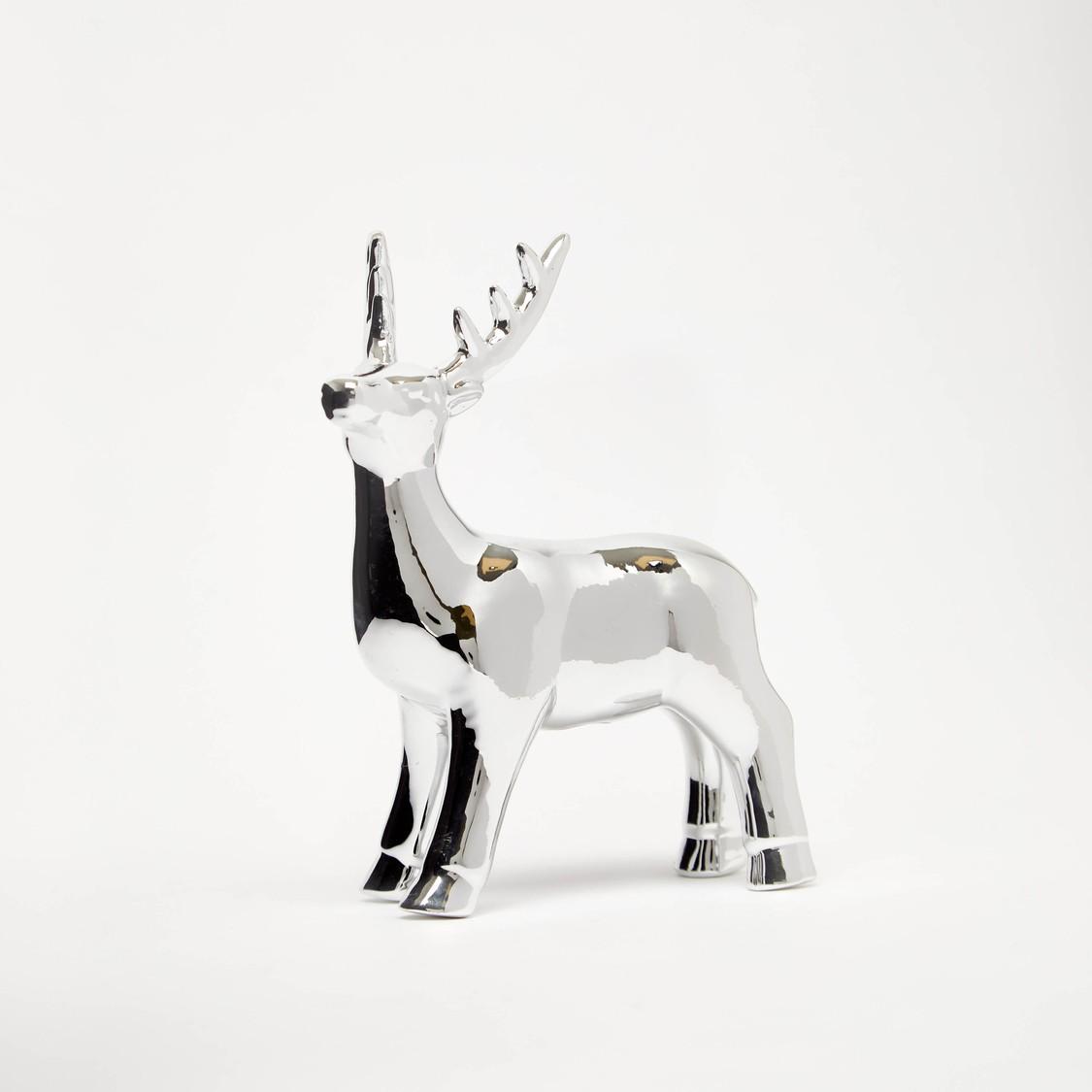 ديكور بتصميم حيوان الرنة