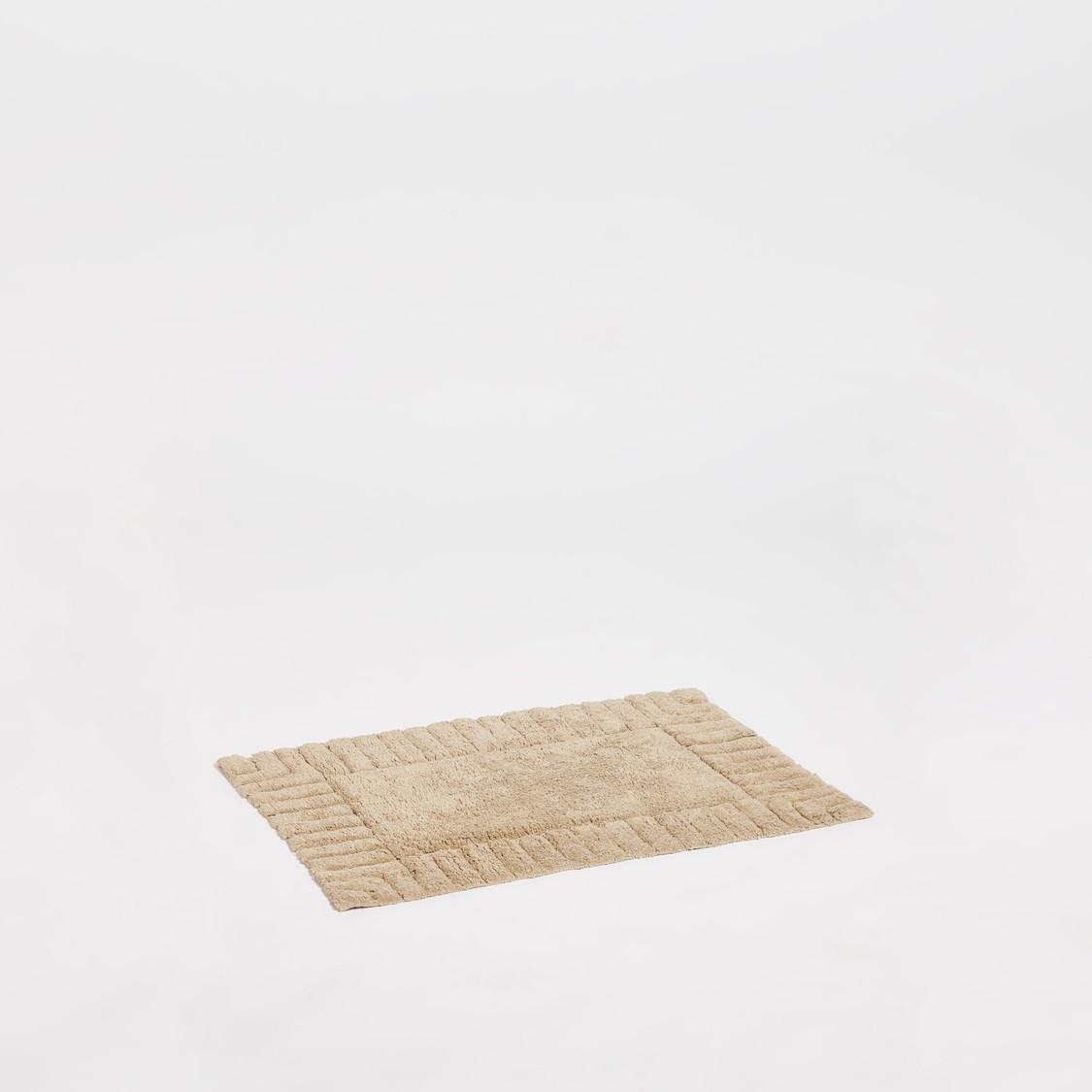 Textured Rectangular Bath Mat - 80x50 cms