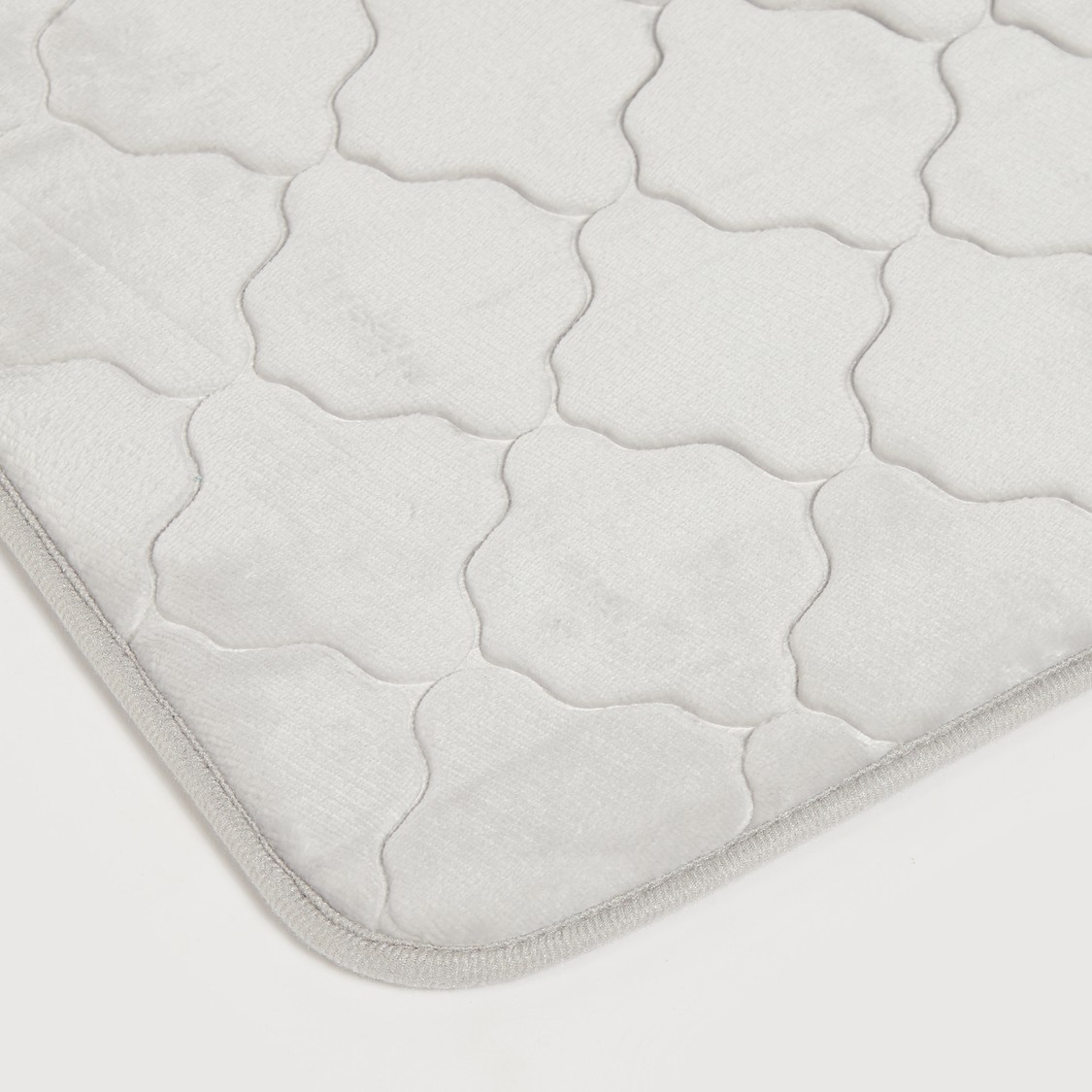 Textured Bath Mat - 70x45 cms