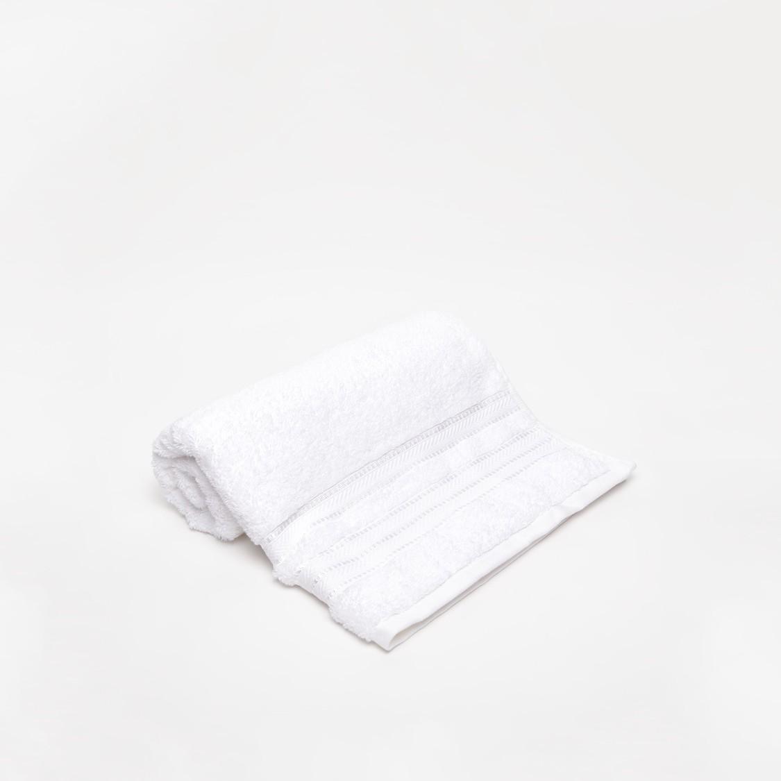Textured Egyptian Bath Towel - 140x70 cms