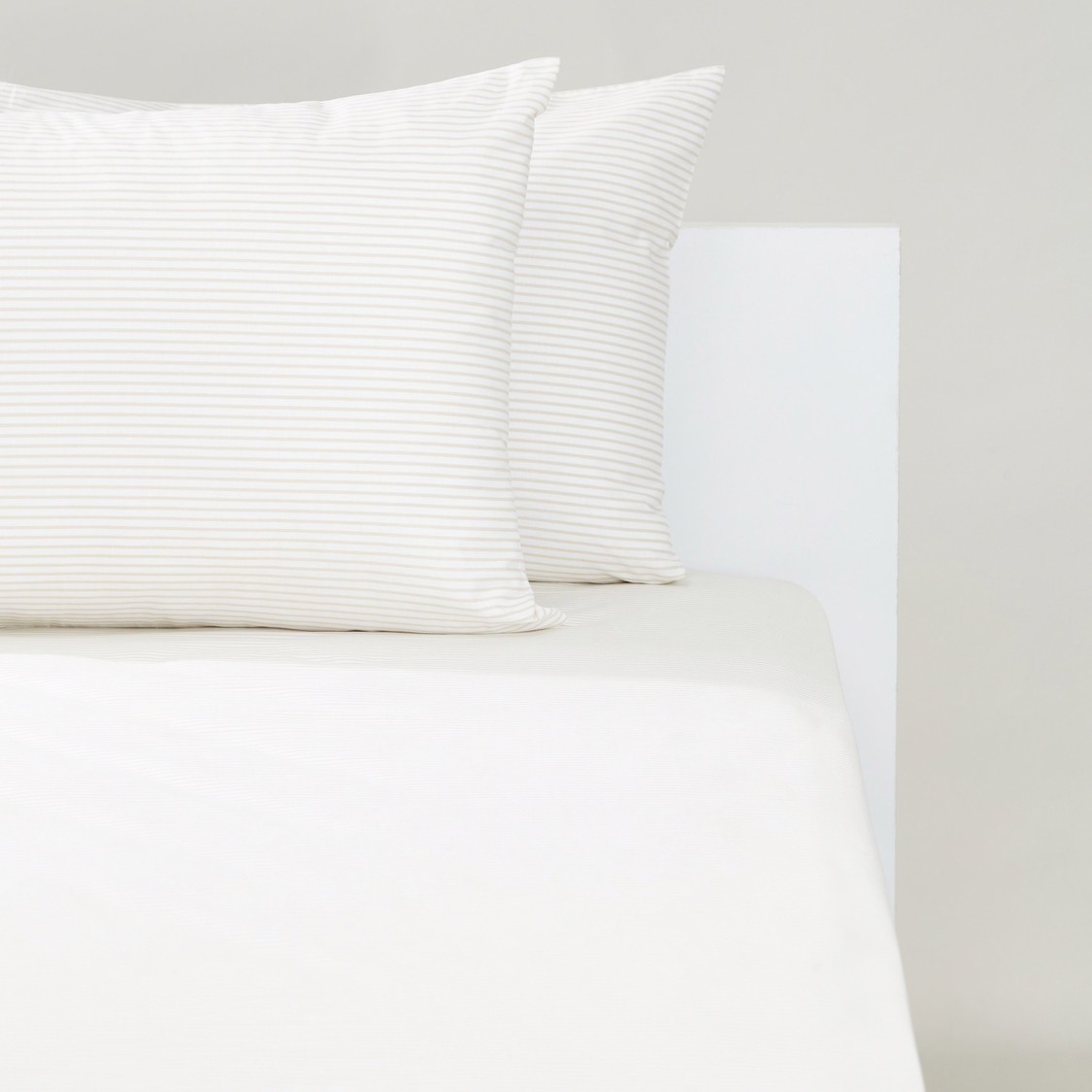 Striped 3-Piece Single Bedding Set - 200x90 cms