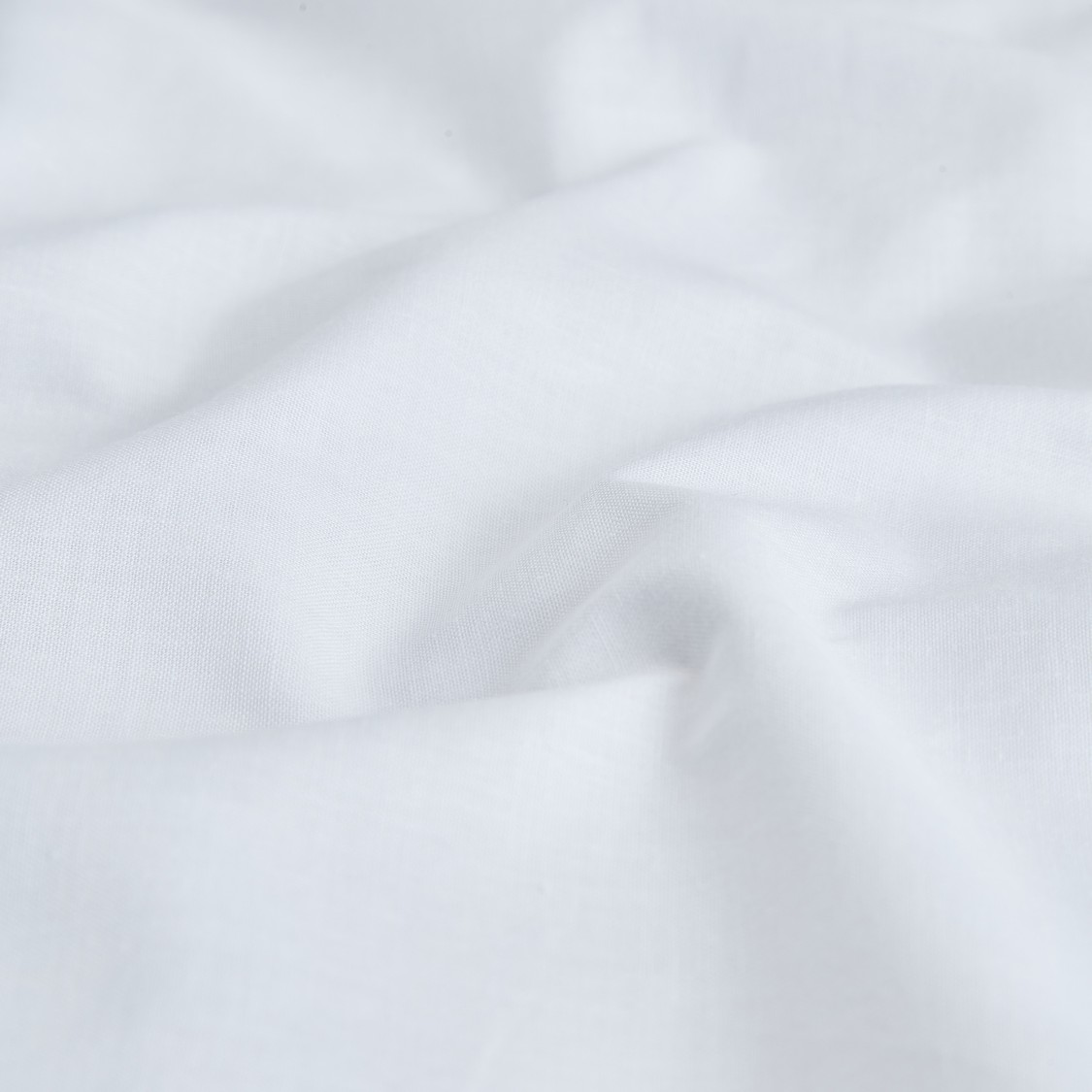 Solid Fitted Sheet with Elasticised Hem - 200x180 cms