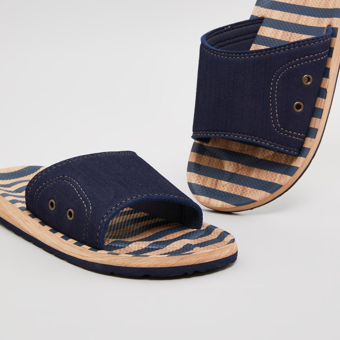 حذاء خفيف بارز الملمس بحلقات تثبيت صغيرة