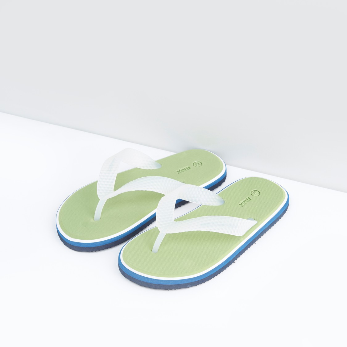 Flip Flop Slippers with Slip-On Closure