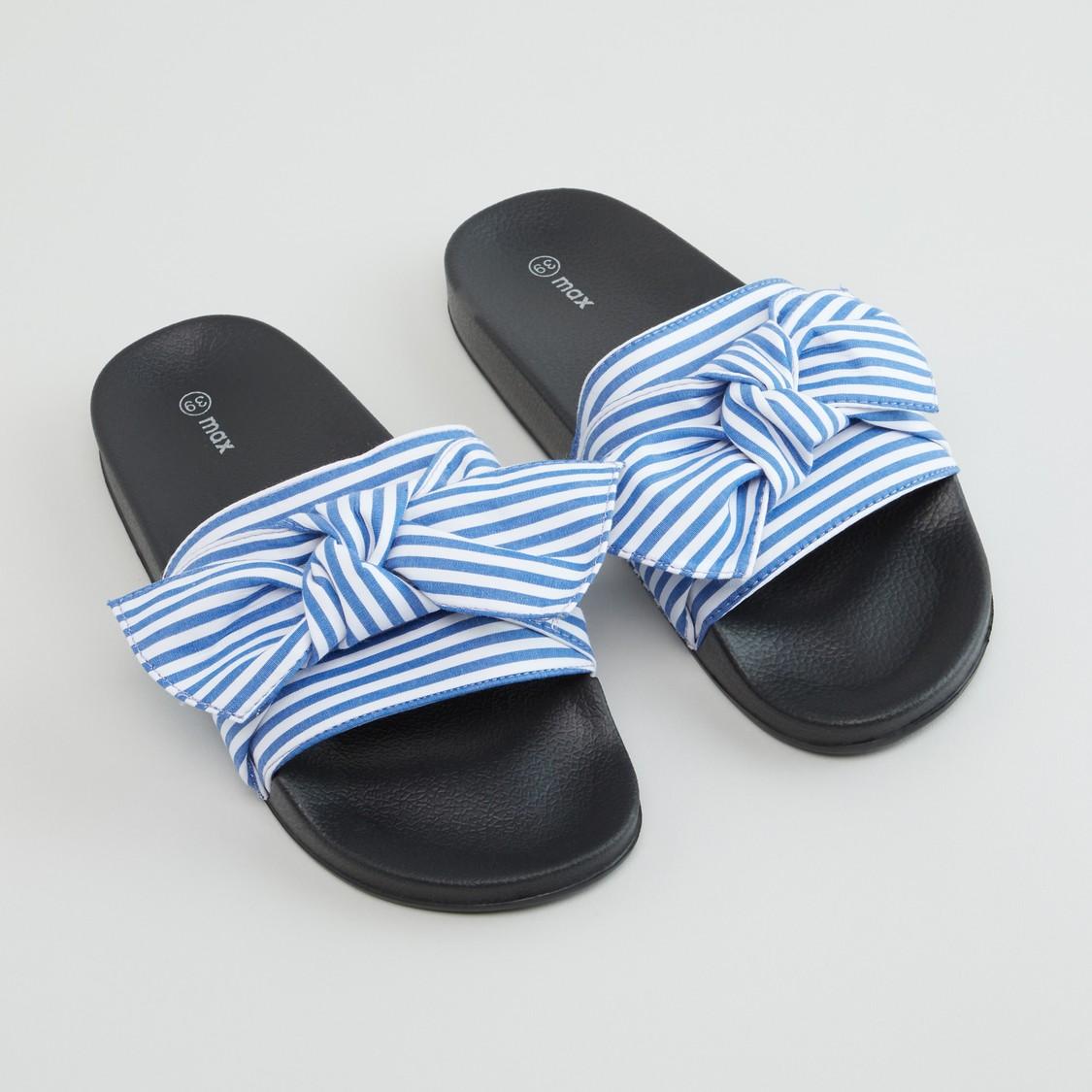حذاء خفبف مخطط بعقدة