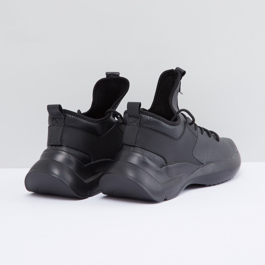 Textured Lace-Up High Top Sports Shoes