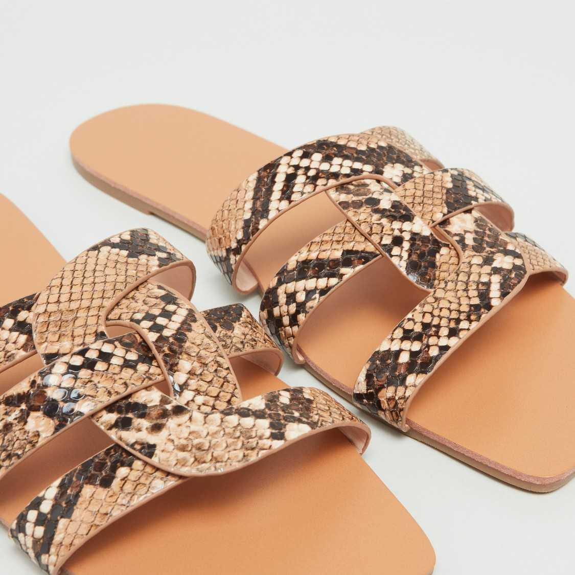 Animal Textured Strap Slides