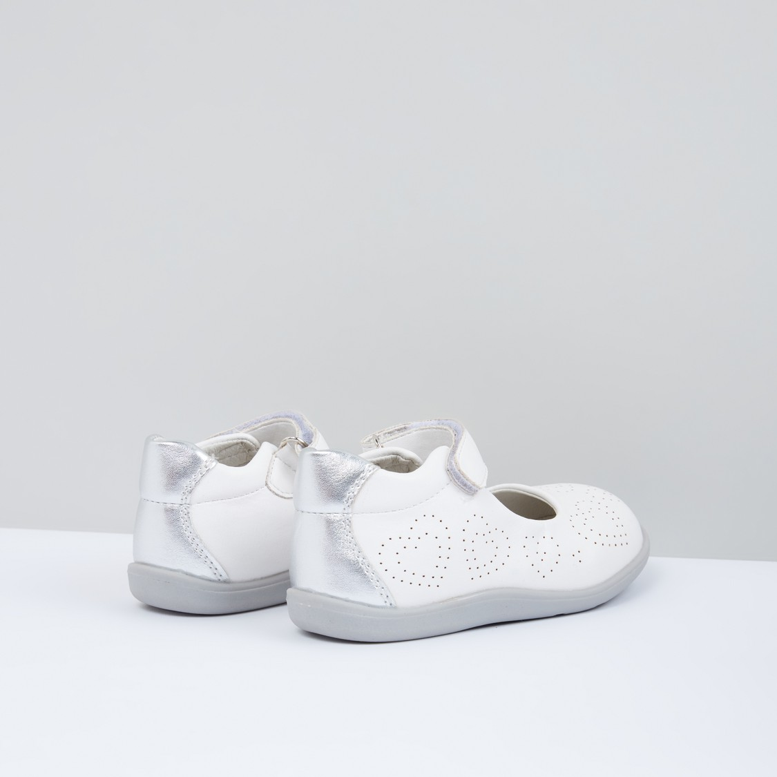 Ballerina Shoes with Hook and Loop Closure