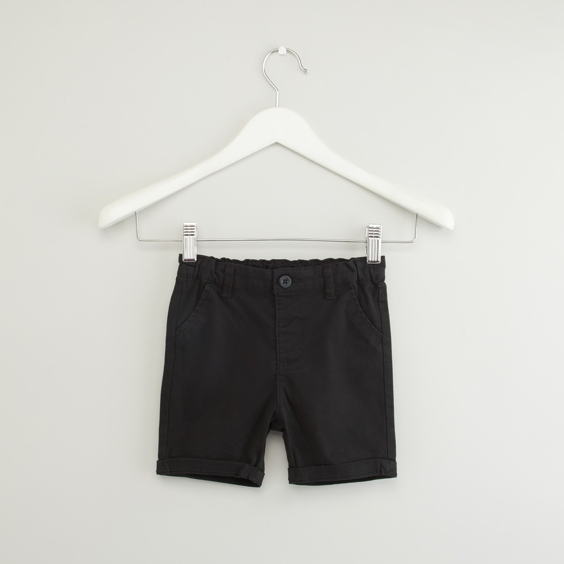 Solid Pocket Detail Shorts