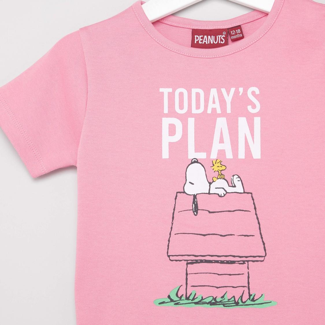 Snoopy Print Round Neck T-shirt and Pyjama Set