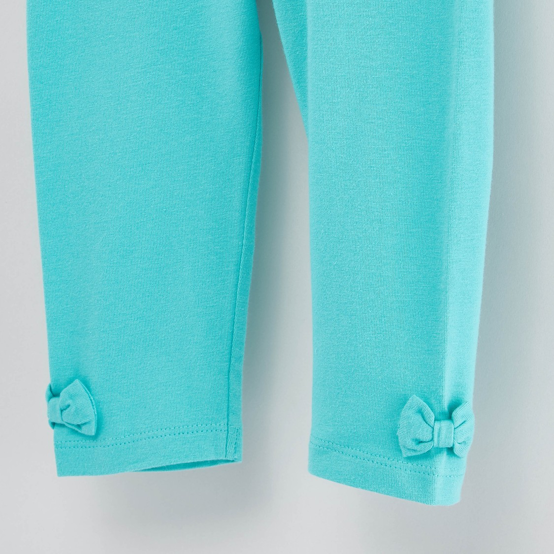 Solid Leggings with Bow Detail