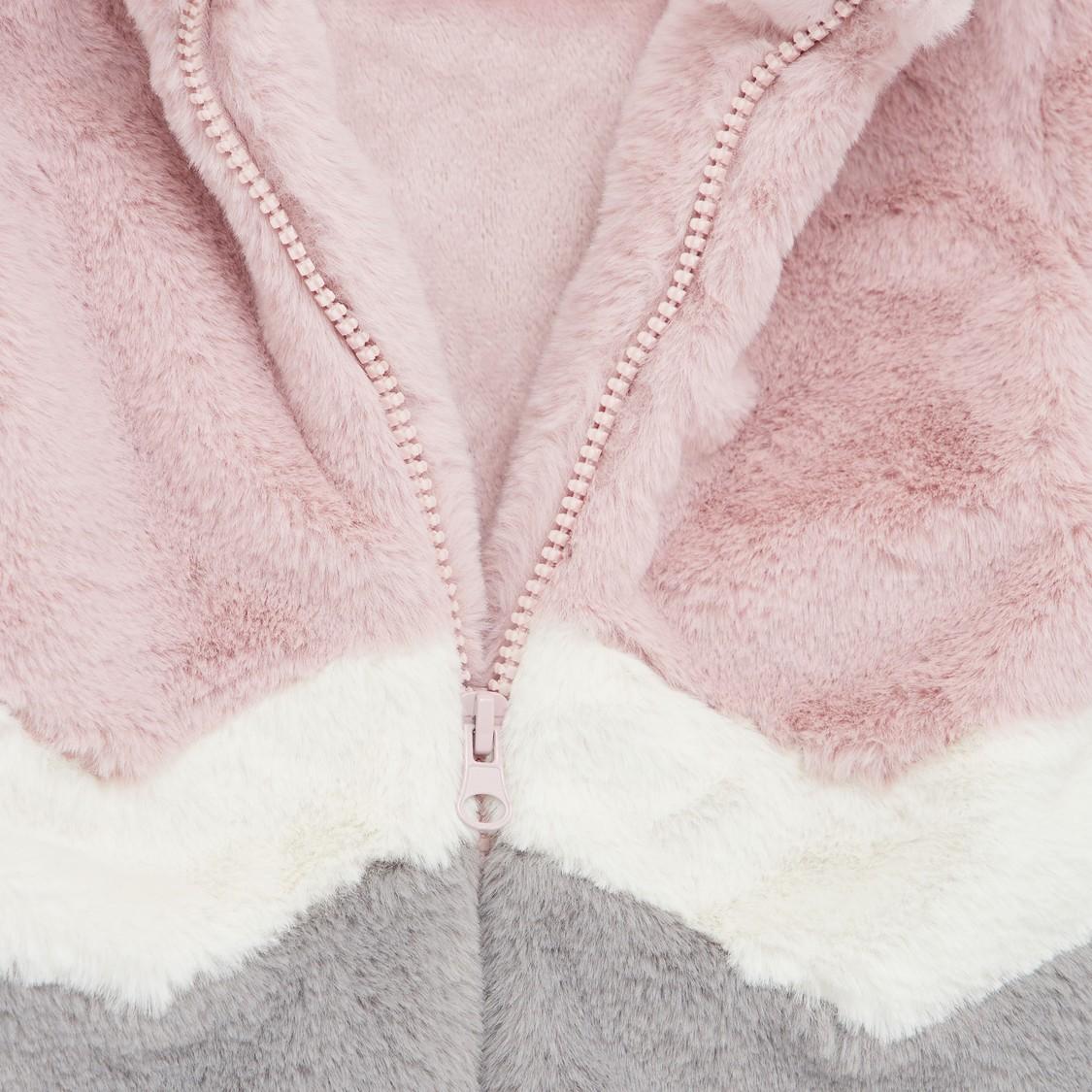 Colourblock Fur Coat with Long Sleeves and Zip Closure