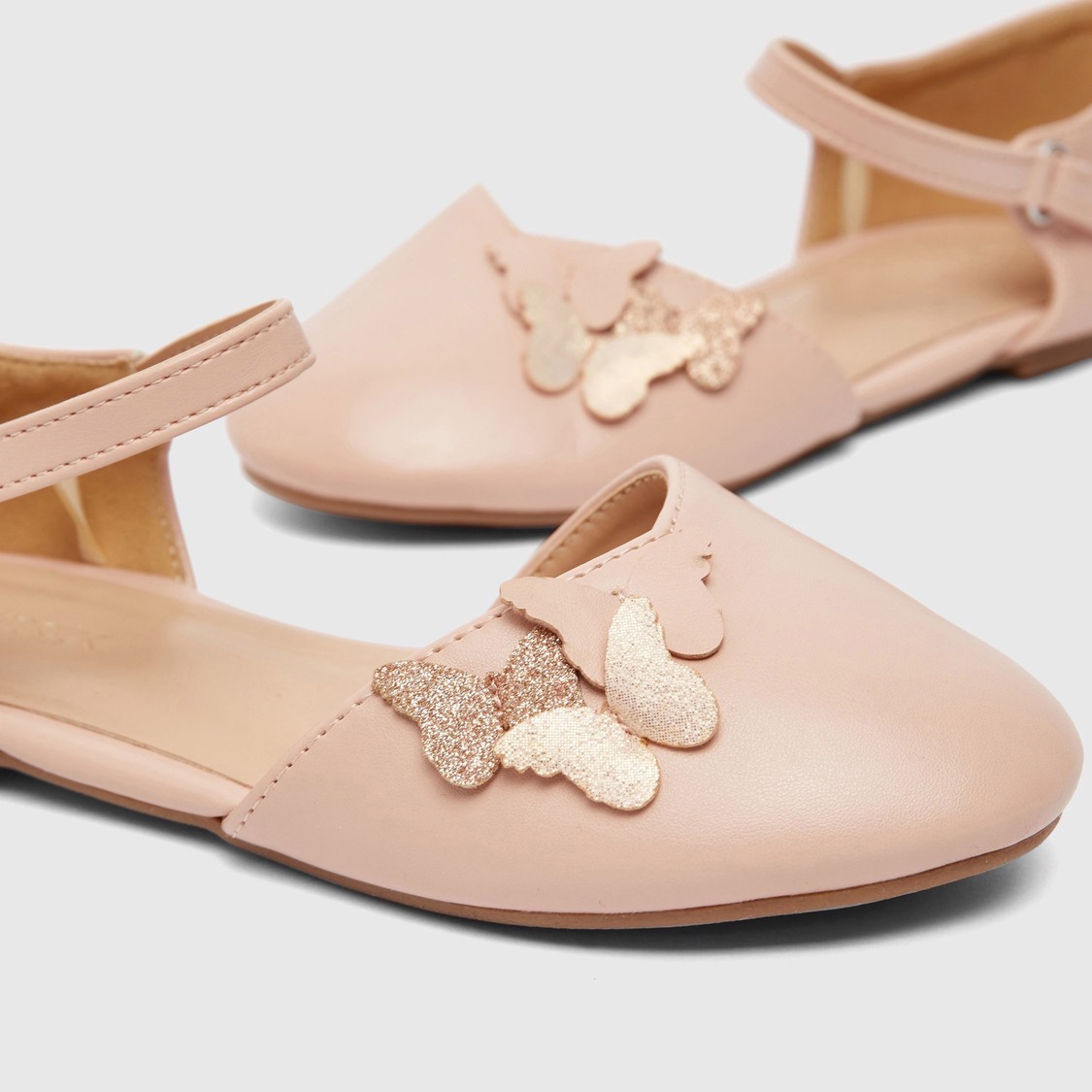 Butterfly Applique Detailed Shoes with Hook and Loop Closure