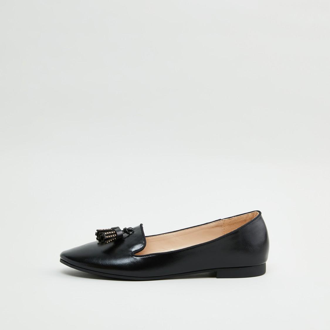 حذاء باليرينا سهل الارتداء بتفاصيل شرابات وزينة