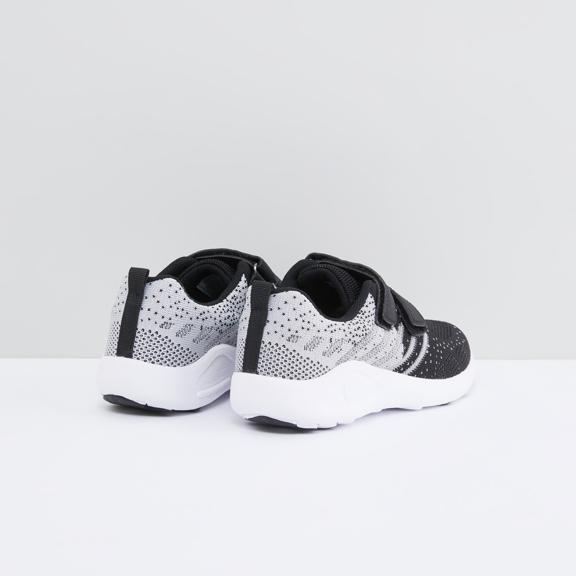 Printed Sports Shoes with Hook and Loop Closure