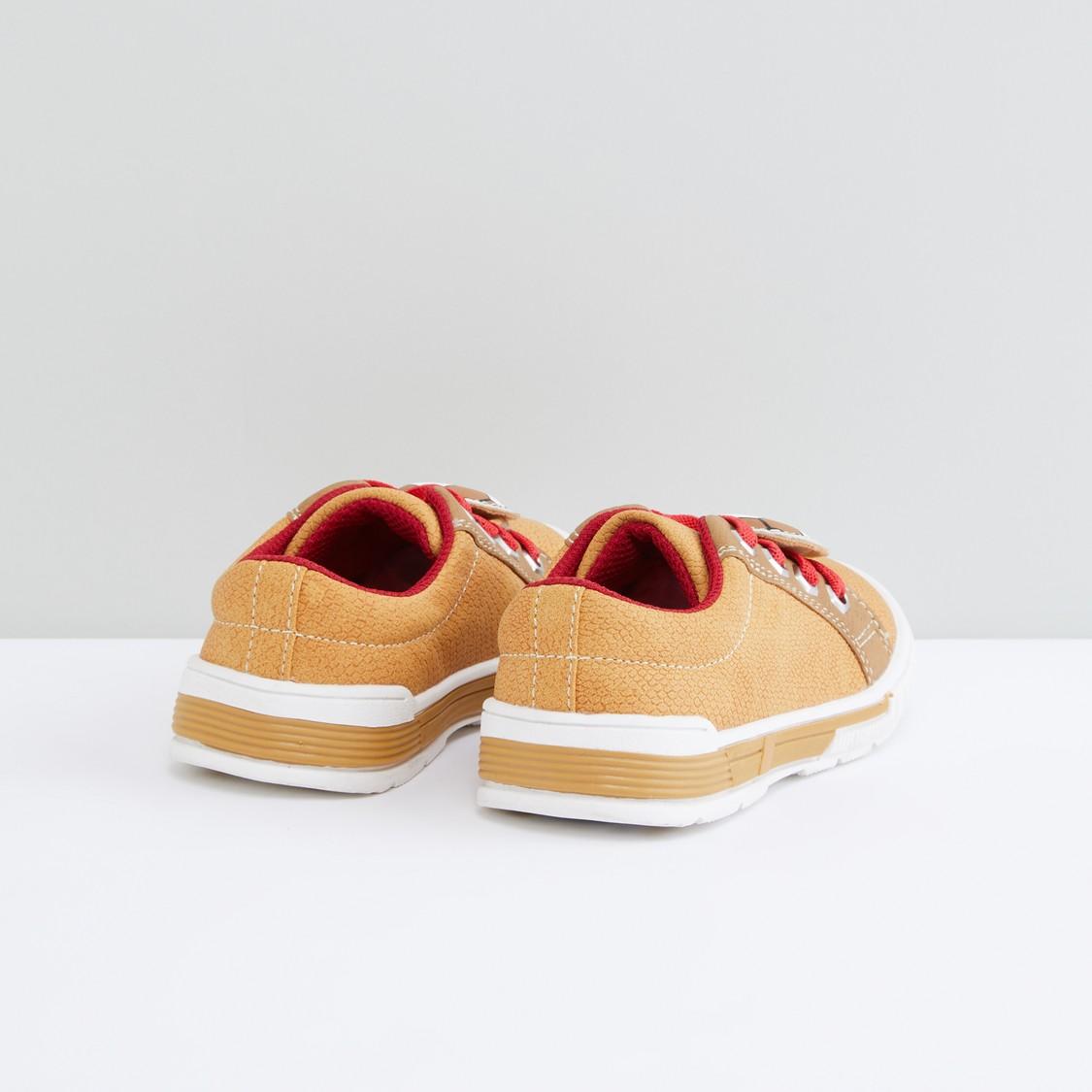 Applique Detail Lace-Up Shoes