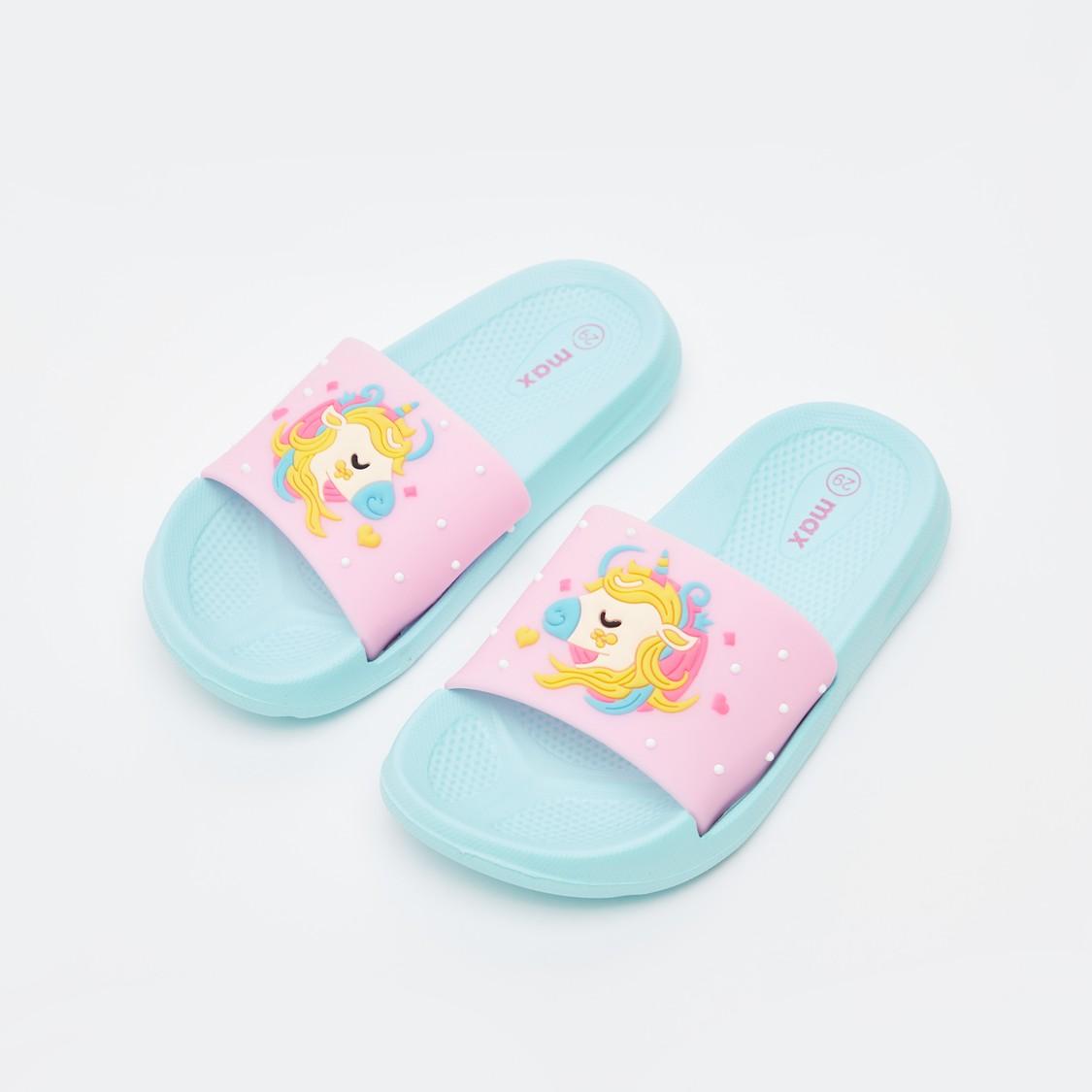حذاء خفيف بطبعات يونيكورن منقوشة