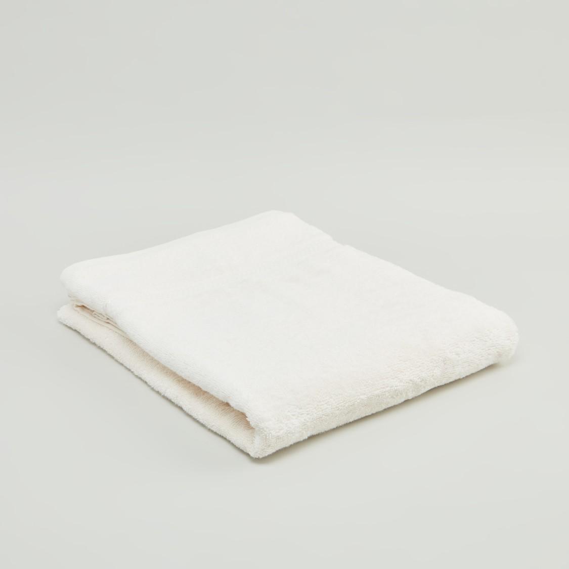 منشفة حمّام كبيرة بارزة الملمس