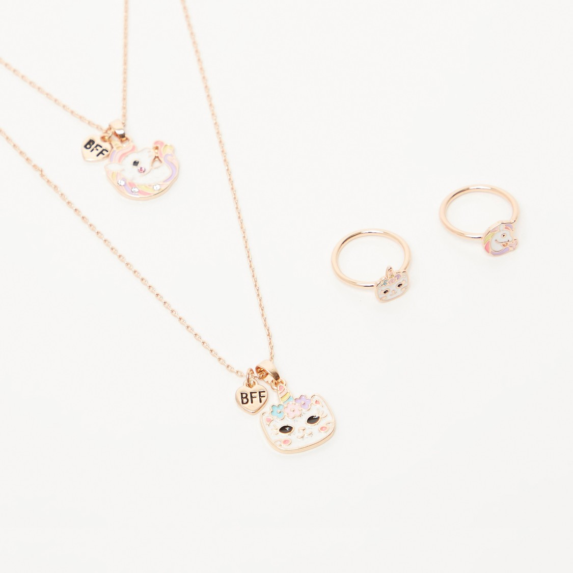Set of 2 - Applique Detail Pendant Necklace and Finger Rings