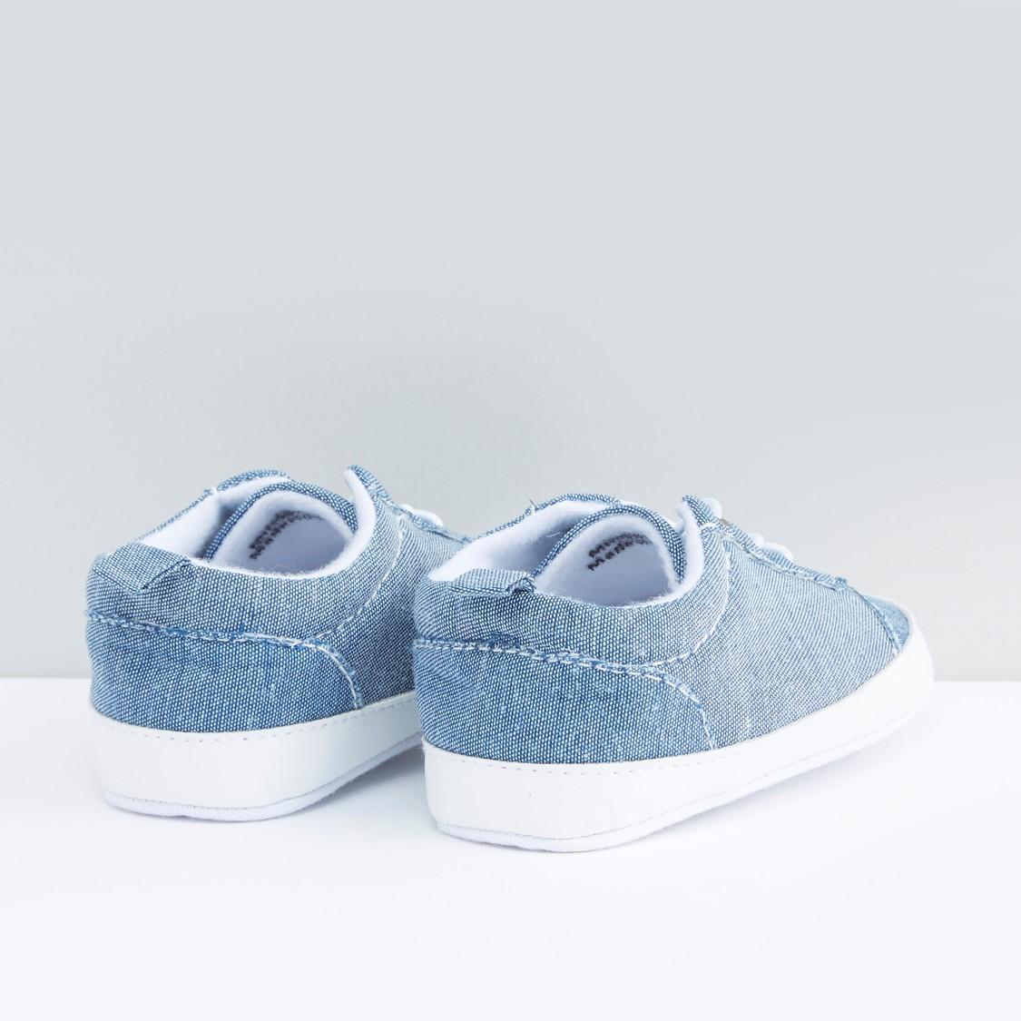 حذاء بوت برباط