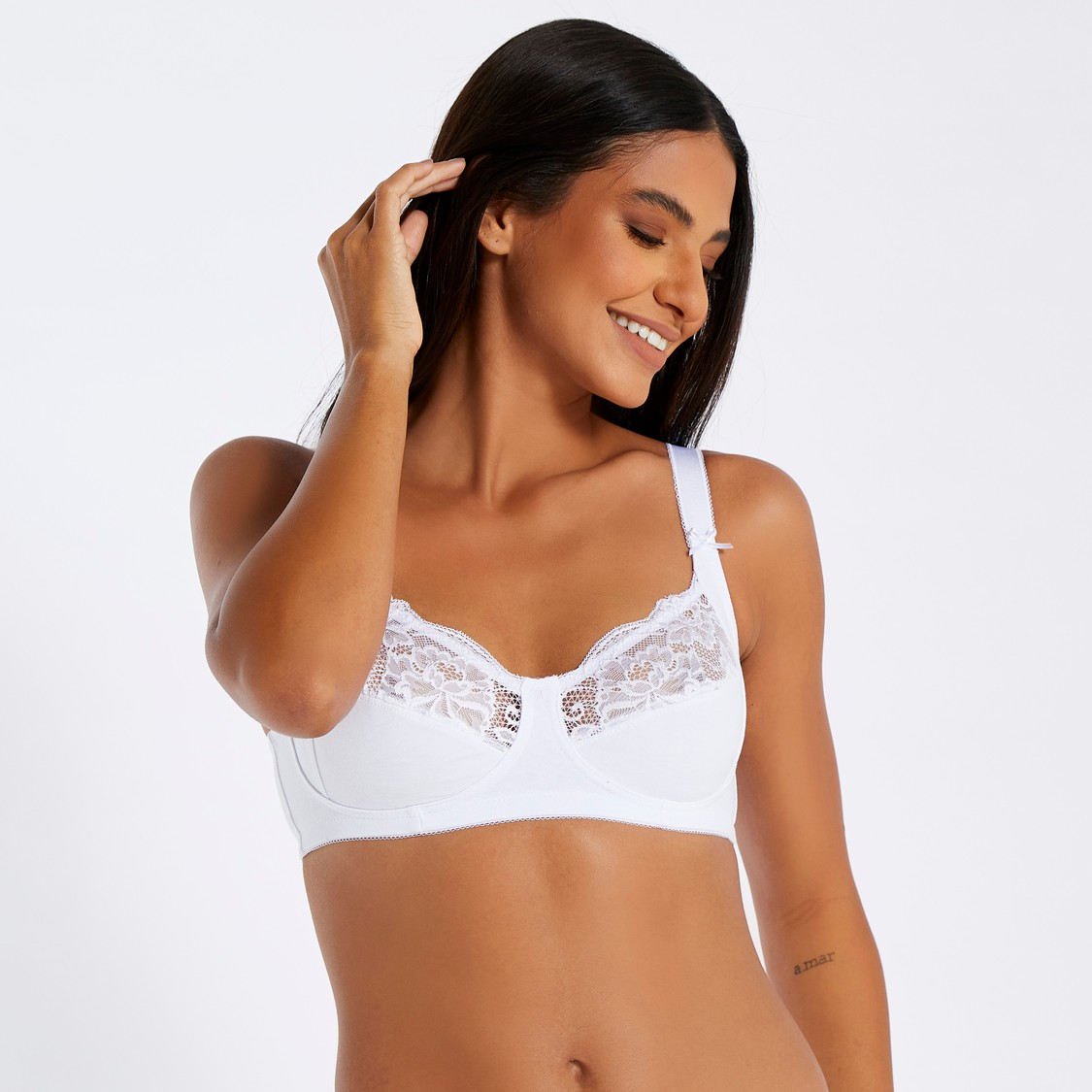 Lace Detail Bra with Adjustable Straps and Hook and Eye Closure