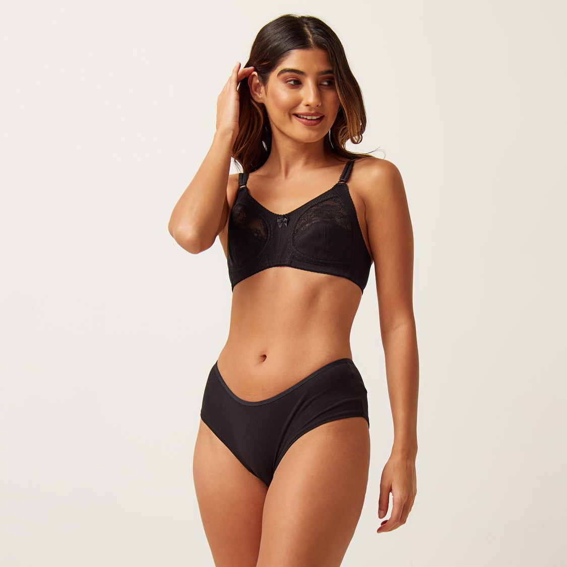 Lace Detail Non-Padded Non-Wired Bra with Hook and Eye Closure