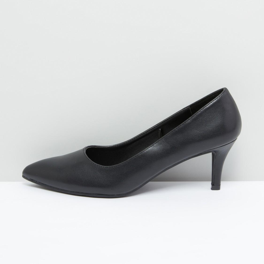 حذاء ستيليتو بارز الملمس بكعب متوسط الارتفاع
