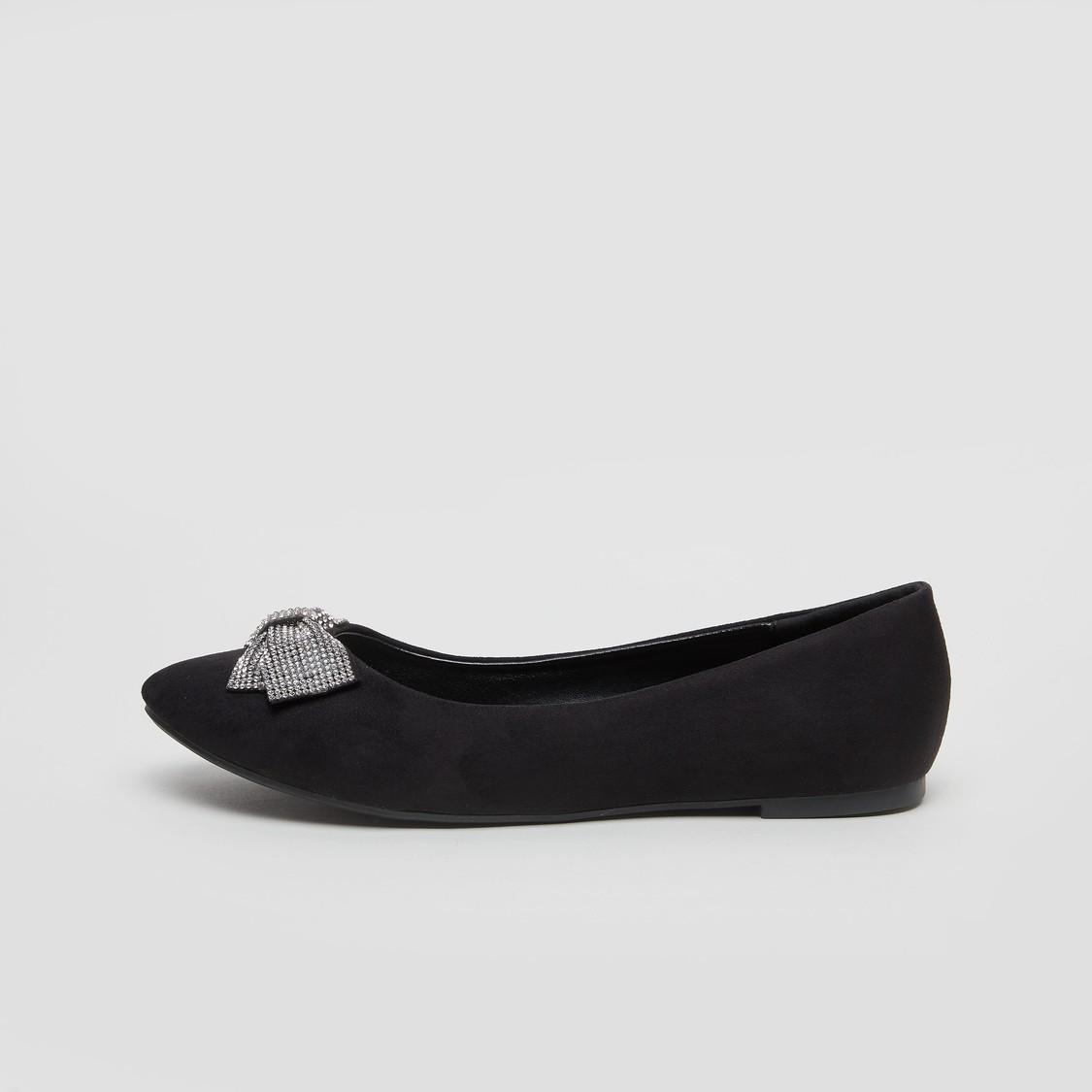 حذاء باليرينا مزخرف بعقدة