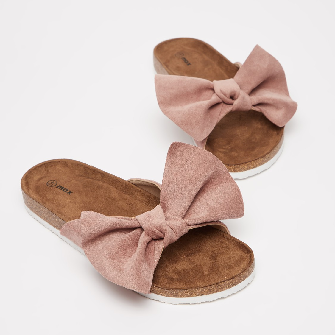 Flat Sandals with Bow Shaped Accent