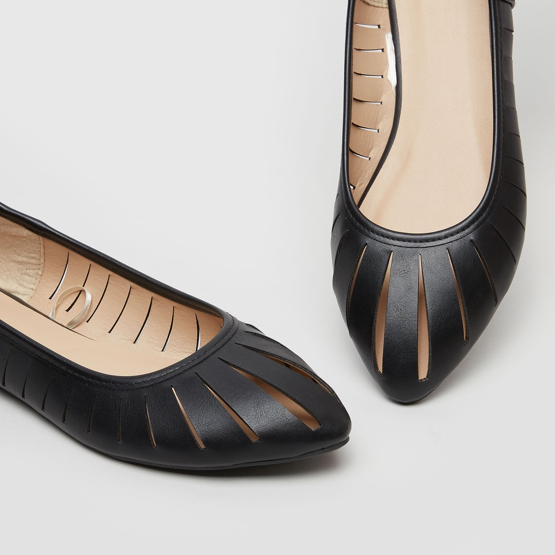 Solid Cut Out Detail Pointed Toe Ballerinas