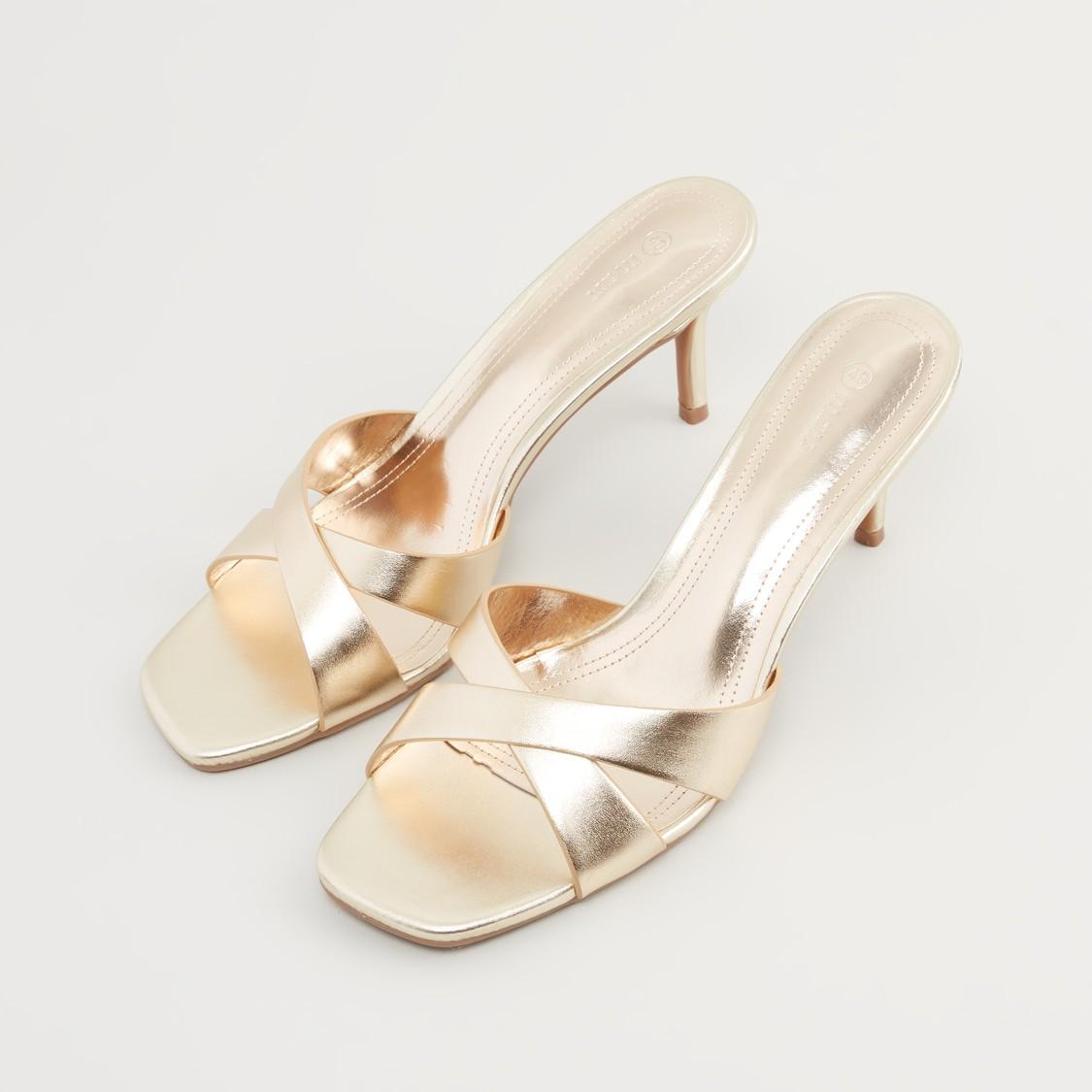 حذاء سهل الإرتداء بكعب ستيليتو وحزام متقاطع