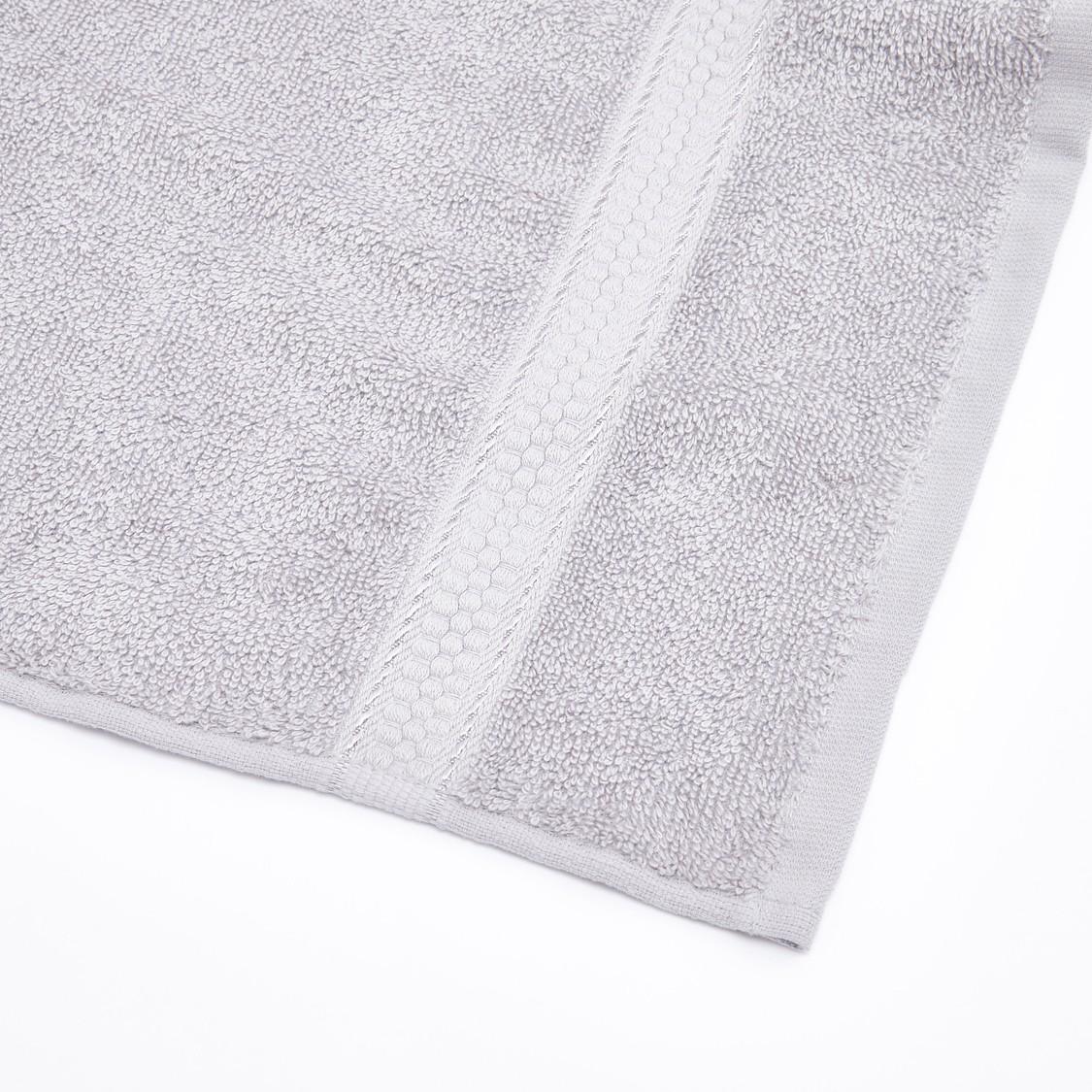 منشفة حمّام مستطيلة بتفاصيل قطيفة