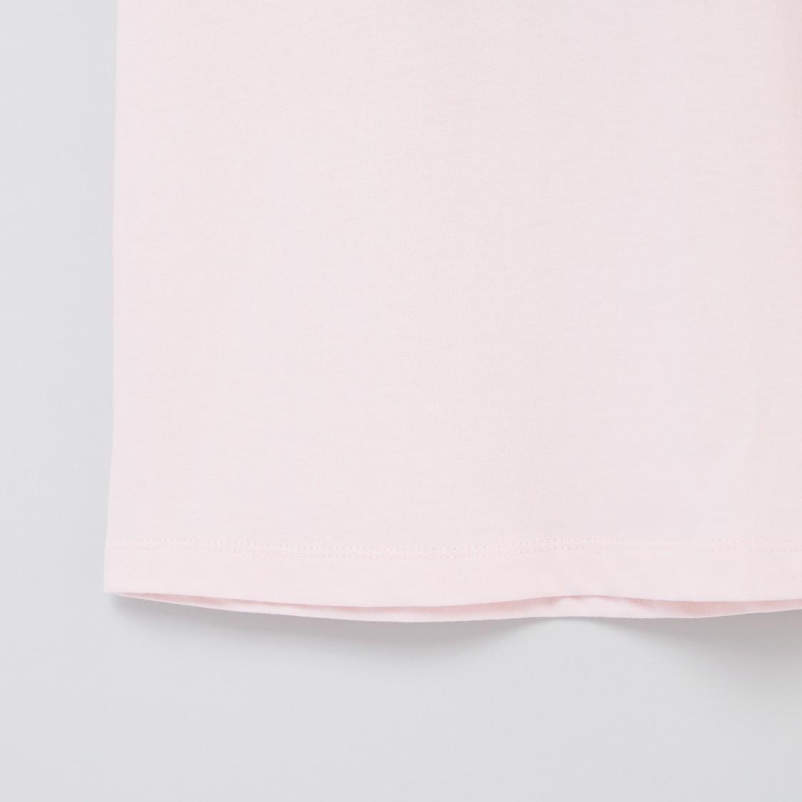 فستان نوم بياقة مستديرة وطبعات جرافيك