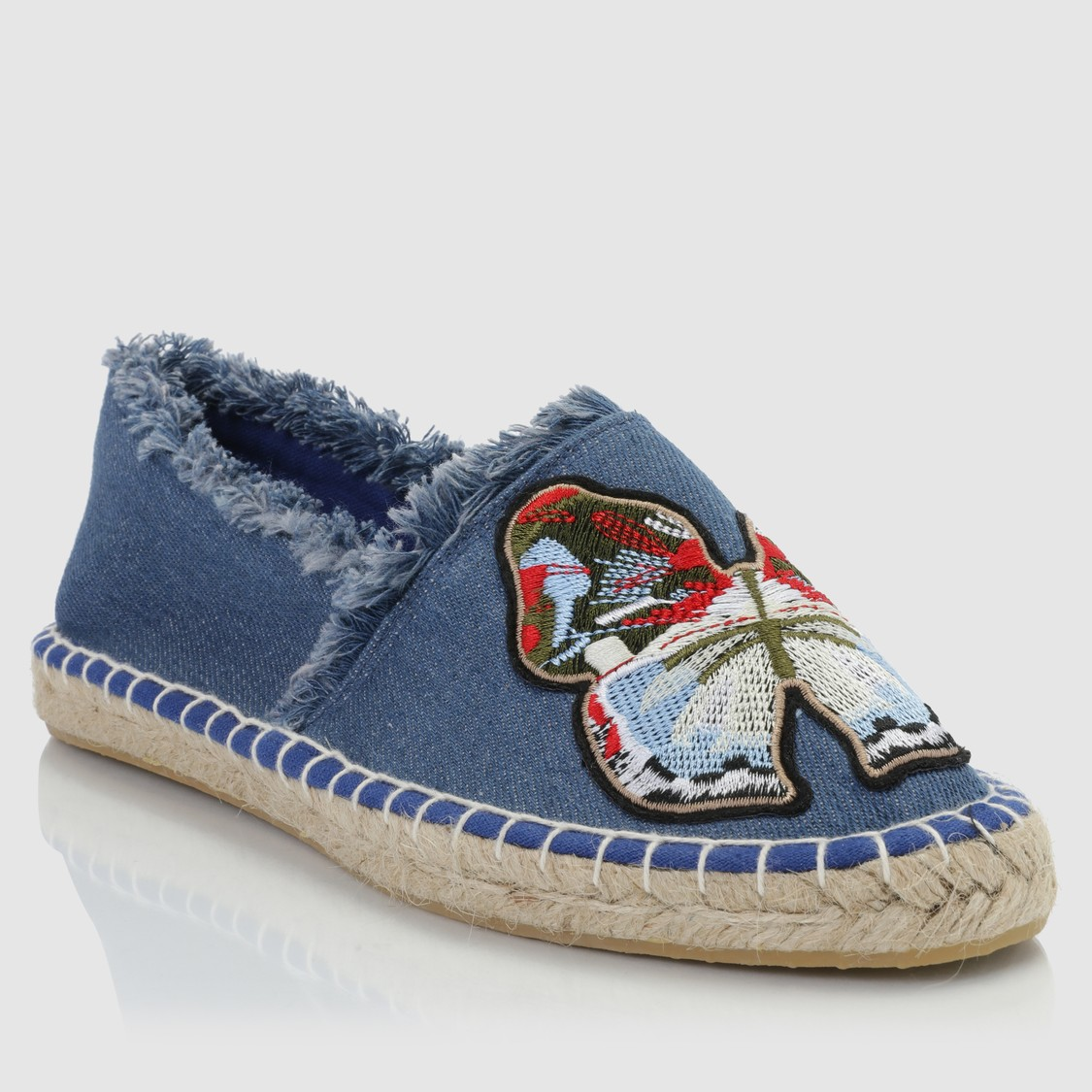 Embroidered Slip-On Espadrille Shoes with Fringes