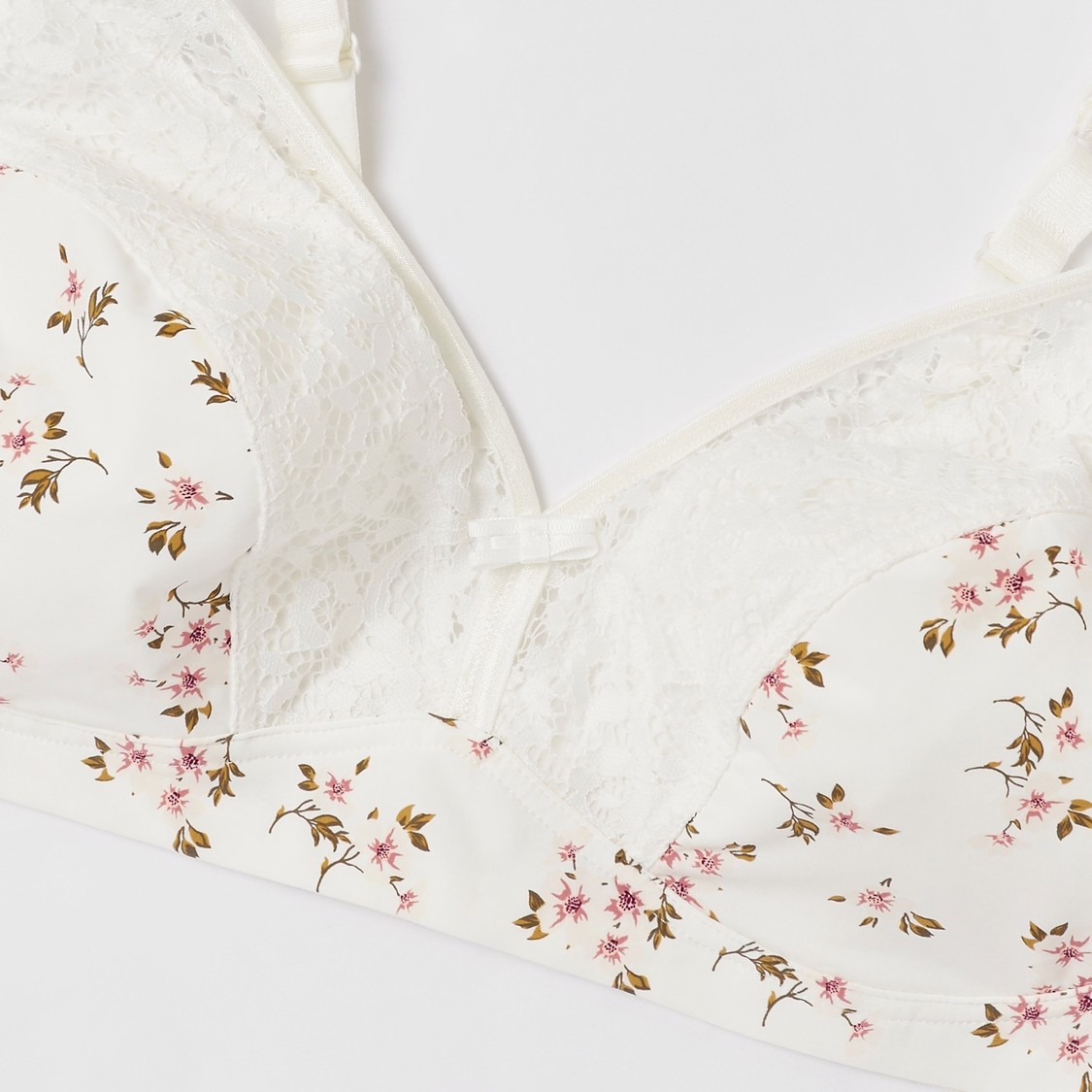 Floral Print Bra with Lace Detail and Adjustable Straps