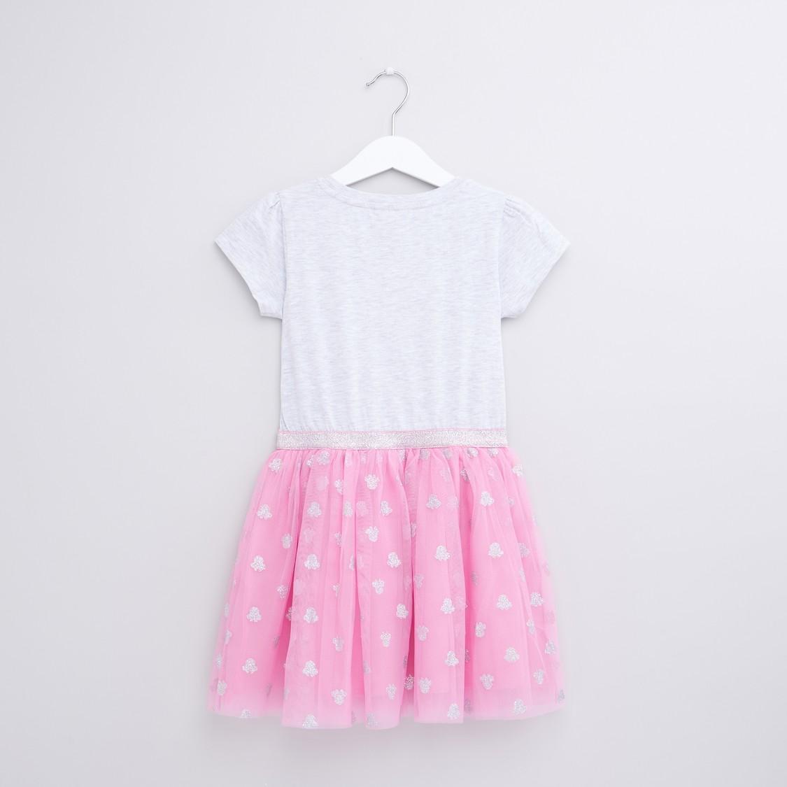 فستان مزيّن بالترتر وطبعات ميني ماوس