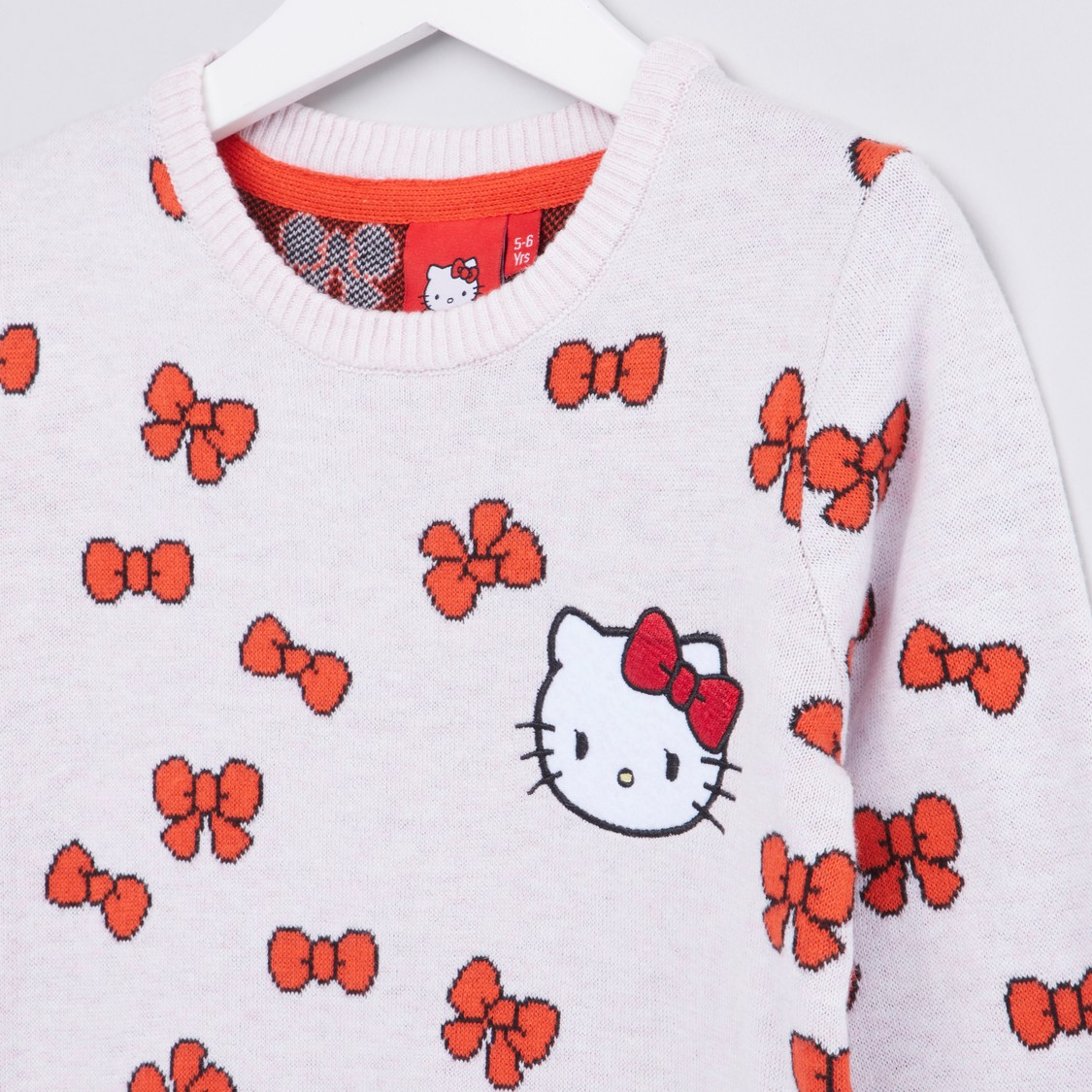 Hello Kitty Sweater with Round Neck and Long Sleeves
